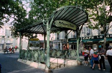 Paris Metro Shelter Type B; Abbesses Station, Paris Metro Shelter Type B; Abbesses Station