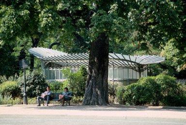 Paris Metro Shelter Type C; Port Dauphine Station, Paris Metro Shelter Type C; Port Dauphine Station