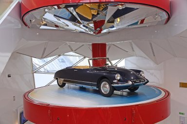 C42: Citroën Showroom, C42: Citroën Showroom