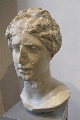 Female head in the style of Pergamum