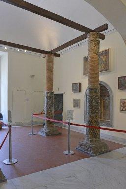 Four Columns with Mosaics
