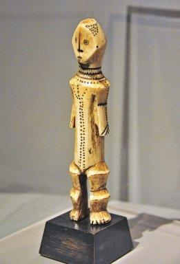 Lega Ivory Figure