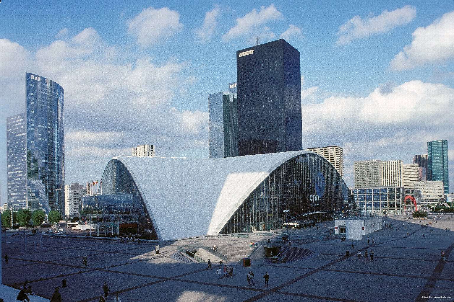 La Défense: Topographic Views