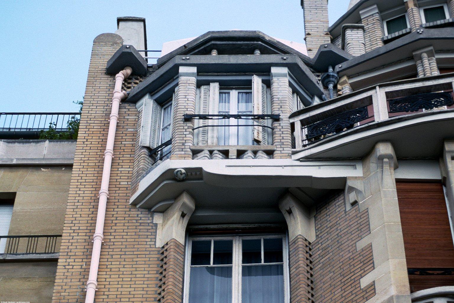 Apartment Building, rue Henri-Heine